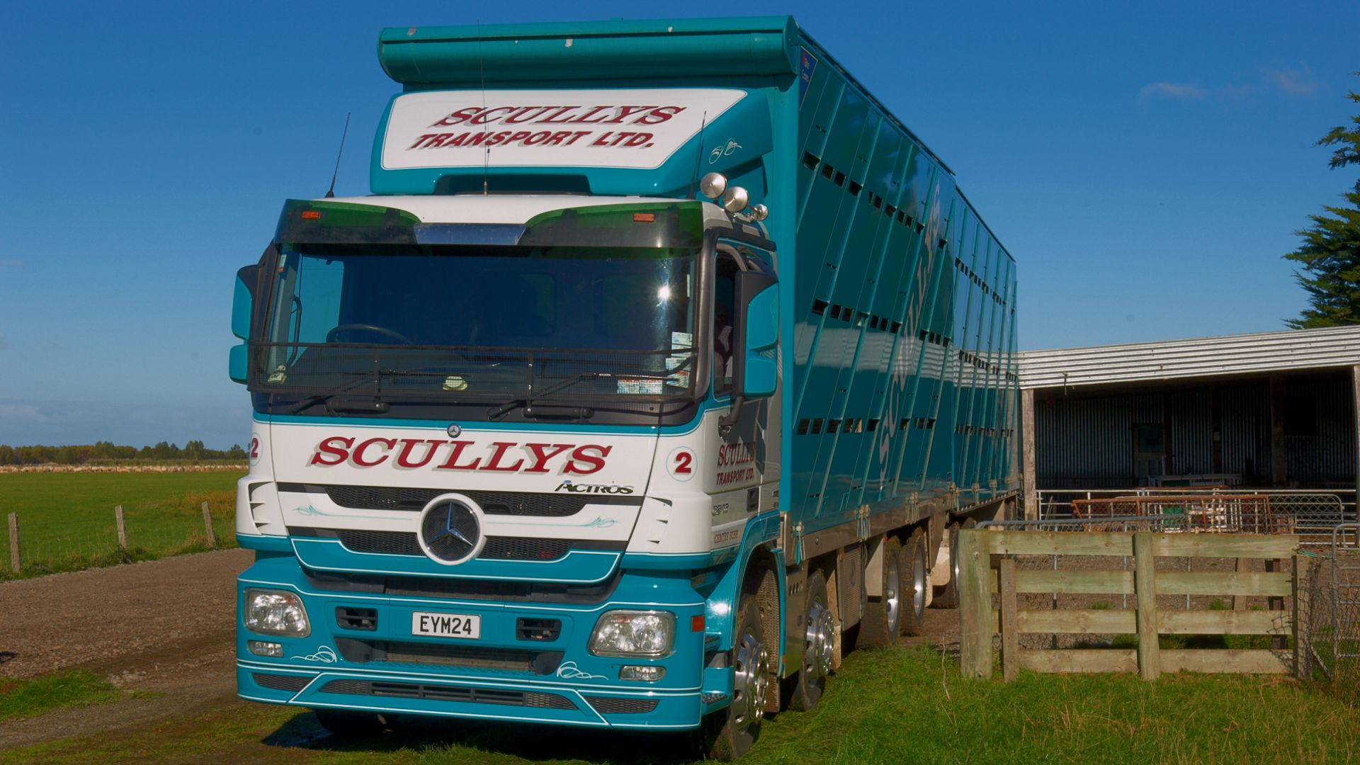 Stock cartage - sheep, cattle, bobby calves, deer transport.